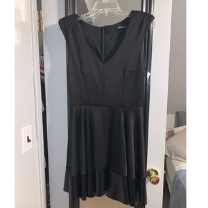 Vintage shop/Century 21 black fit & flar dress